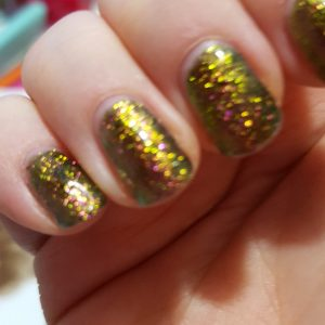 Living Creatively with Fibro | Chameleon Manicure