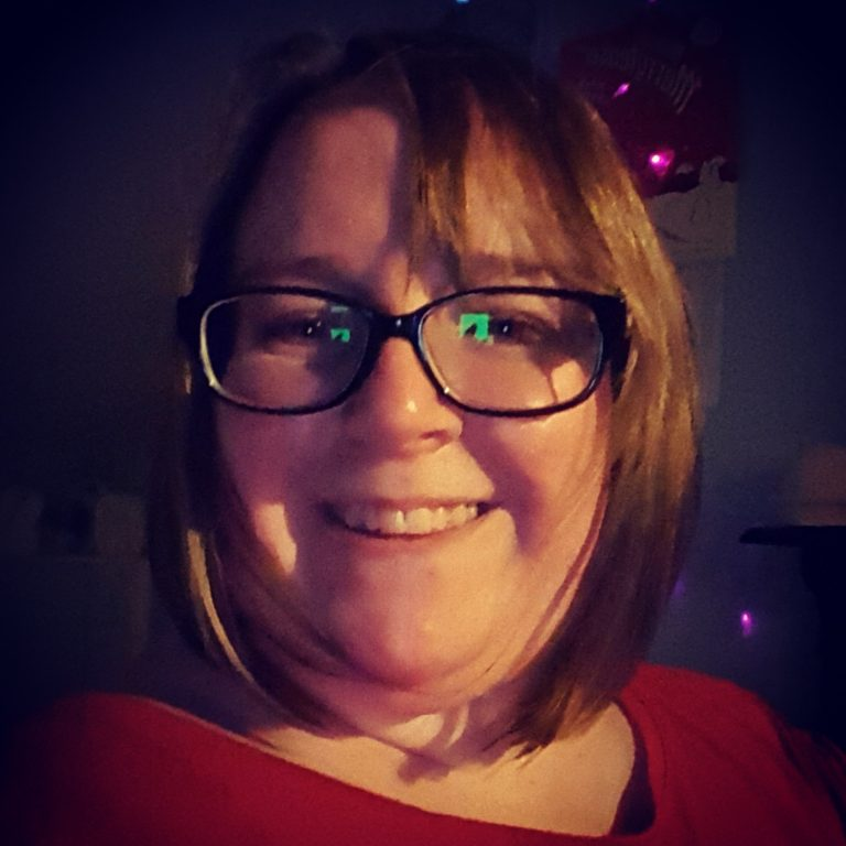 Living Creatively with Fibro| New Haircut from the front