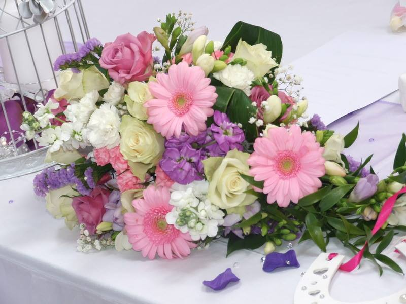 Living Creatively with Fibro | My beautiful bouquet featuring my favourite gerbera's in pink along with white and pink roses and purple flowers. Weddings wouldn't be the same without flowers!